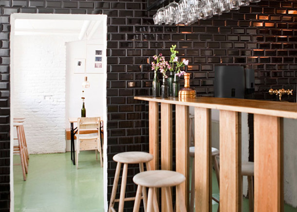 Mikkeller-Bar_Copenhagen_yellowtrace_01