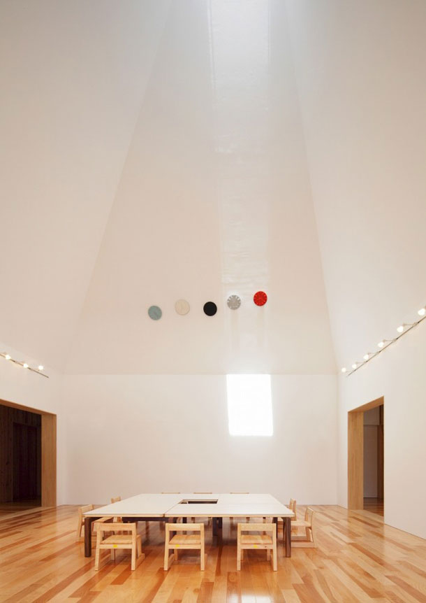House-of-Light_Archivision-Hirotani-Studio_yellowtrace_05