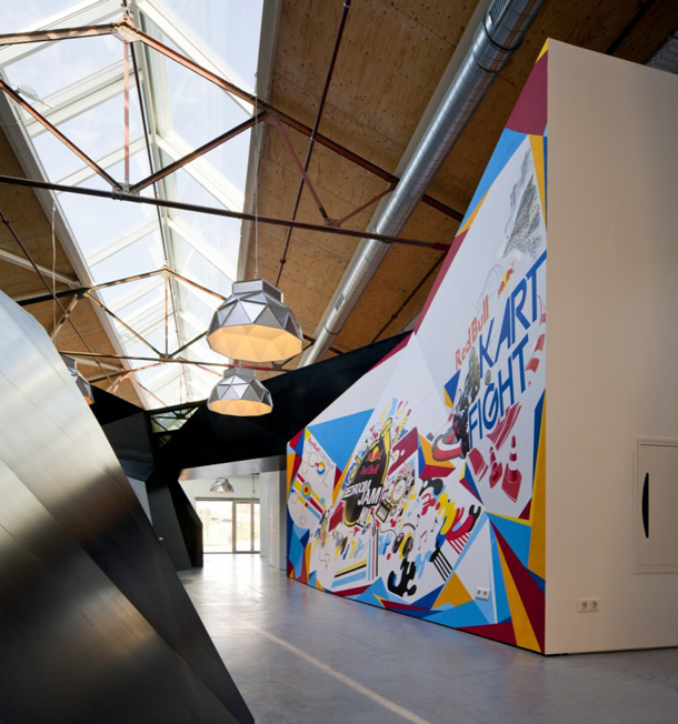 RedBull-Offices-Amsterdam_Sid-Lee-Architecture_yellowtrace_01