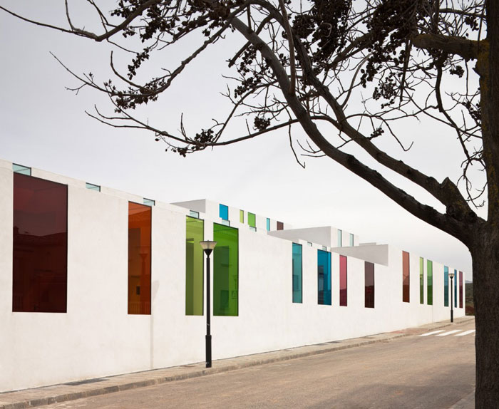 Educational Centre En El Chaparral by Alejandro Muñoz Miranda | Guest Post by Plenty of Colour.