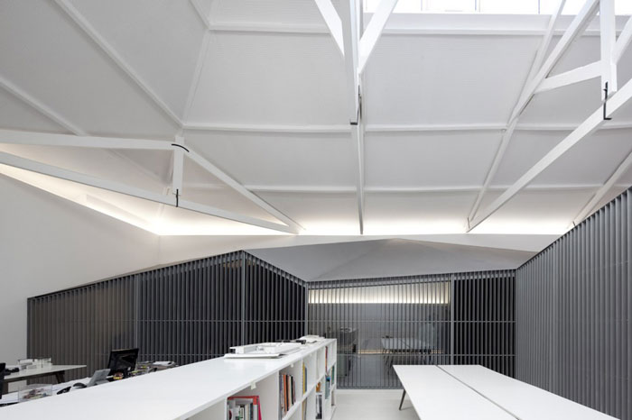 yellowtrace_Architects-Office-by-Nuno-Sampaio-Arquitetos-Portugal_01