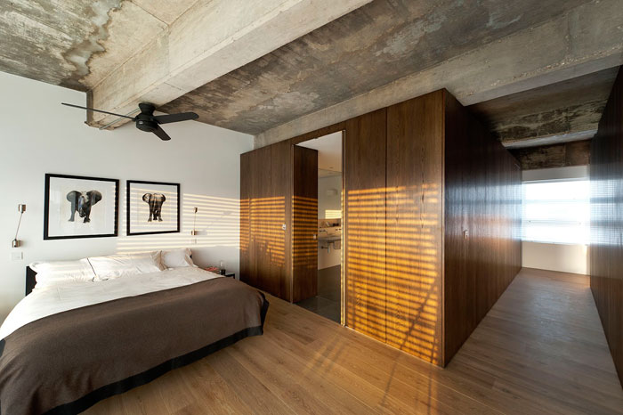 Loft apartment by william tozer london yellowtrace - Salle de bain loft ...