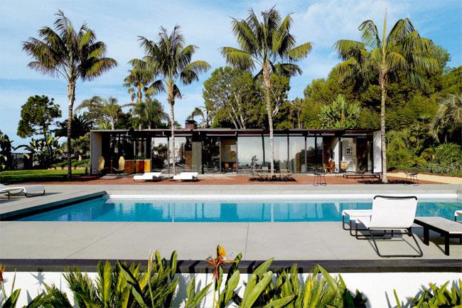 Malibu stacy s dream home yellowtrace for Modern malibu homes