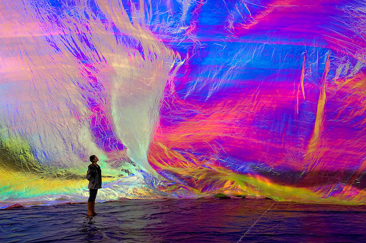 Poetic Cosmos of the Breath by Tomas Saraceno | Yellowtrace