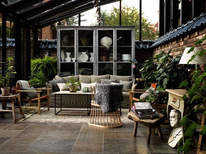 ett hem hotel stockholm courtyard and living room
