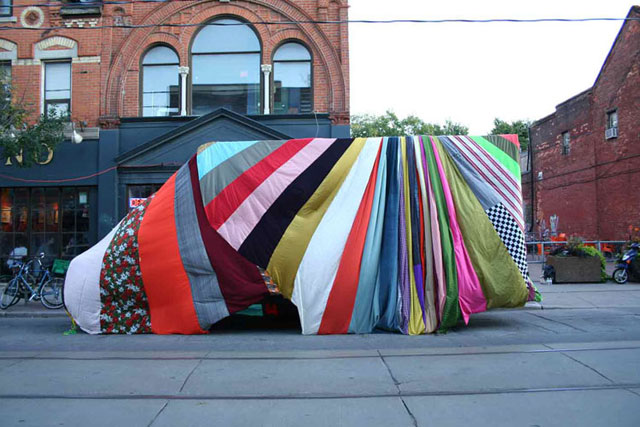 Chromatic Hi Five by Amanda Browder, textile installation, patchwork, pattern, colour