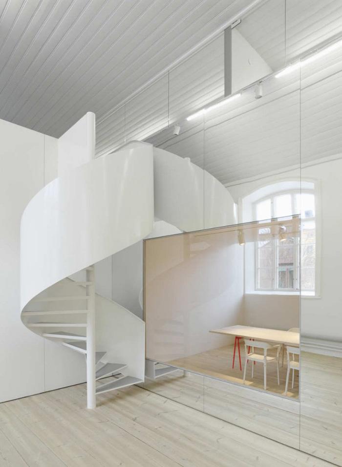 No Picnic Office by Elding Oscarson | Yellowtrace.