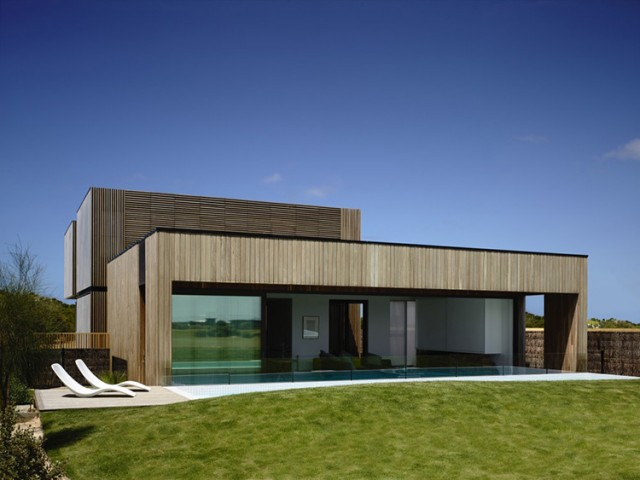 Torquay House, Australia by Wolveridge Architects | Yellowtrace.