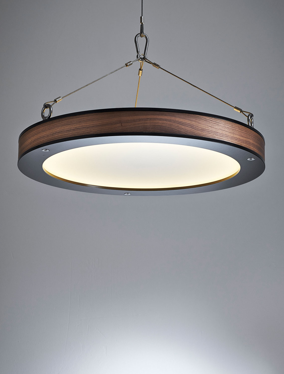 Hover Pendant by Christelh | Yellowtrace.