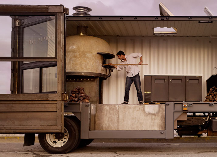 Del Poplo Mobile Pizzeria in converted shipping container | Yellowtrace.