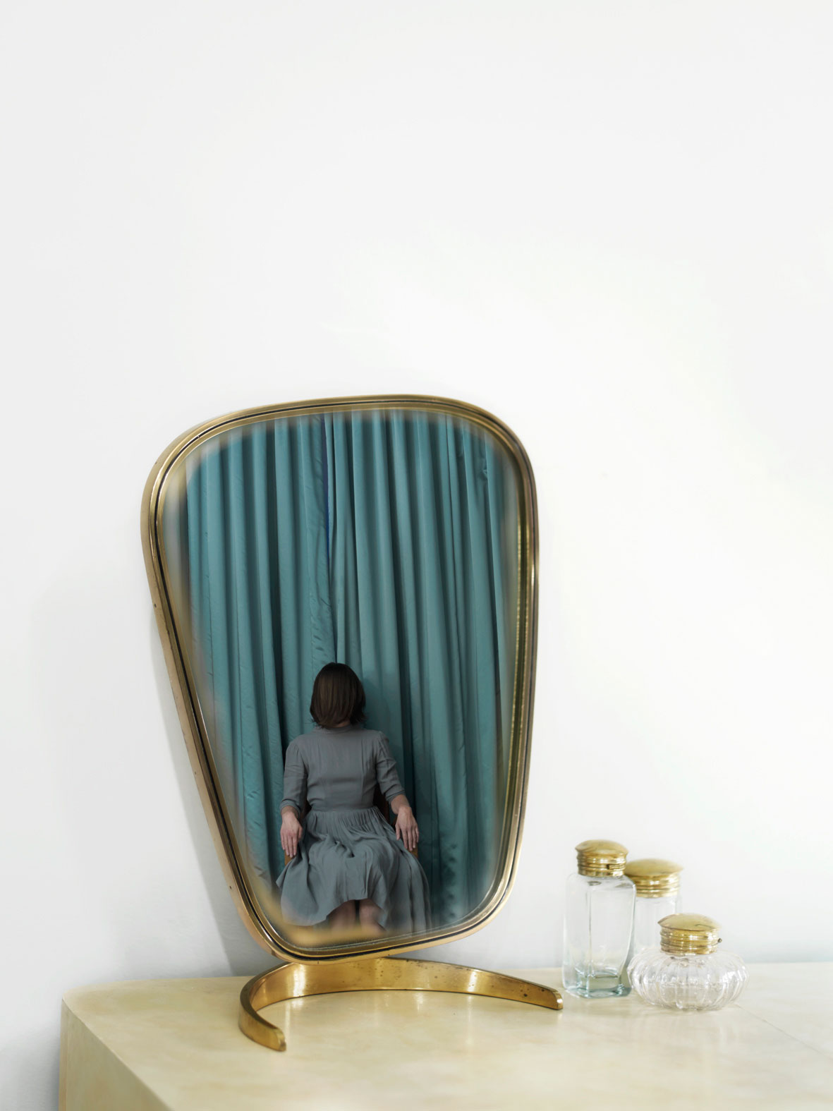 Anja Niemi, Do Not Disturb | http://www.yellowtrace.com.au/2013/10/17/anja-niemi-self-photography/
