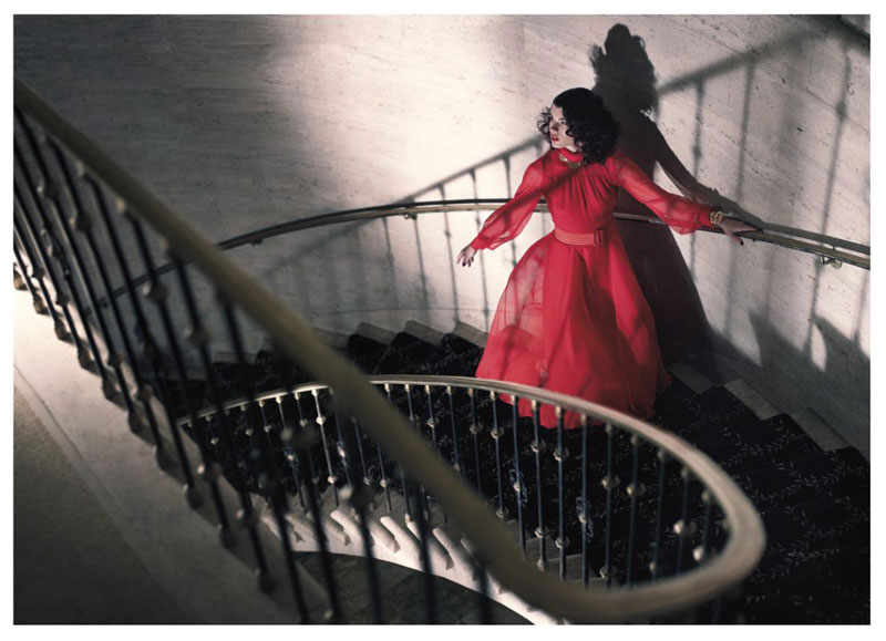 Fashion Photography vs Amazing Interiors—Models on Stairs | Yellowtrace