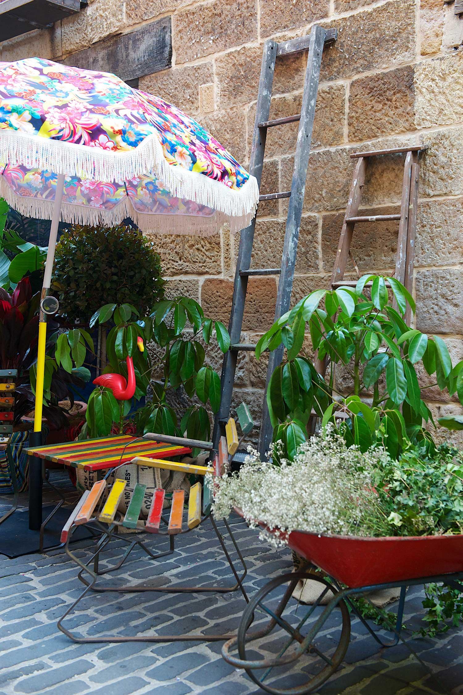 Gumtree garden pop up bar designed by yellowtrace outdoor laneway