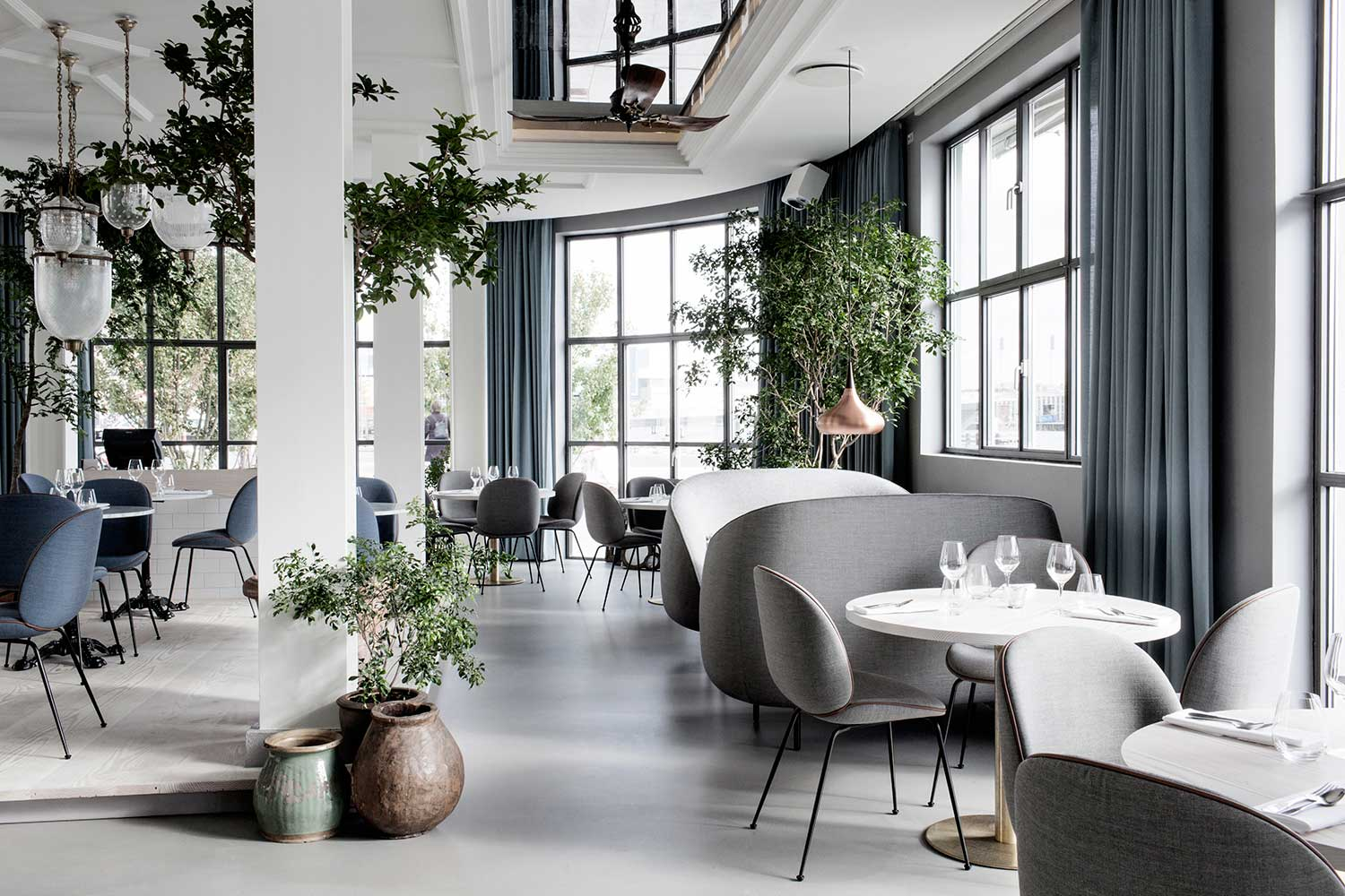 The standard copenhagen by gamfratesi yellowtrace for Designhotel jaz