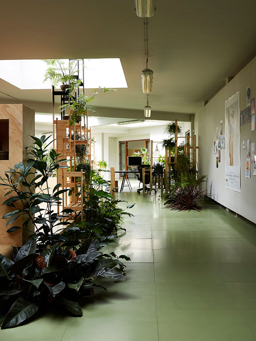 Random studio amsterdam office designed by x l yellowtrace for Interieur design amsterdam