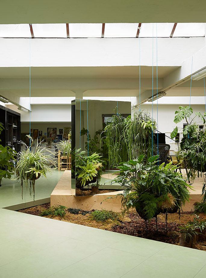 Random Studio's Amsterdam Office designed by X+L Sutdio   Yellowtrace