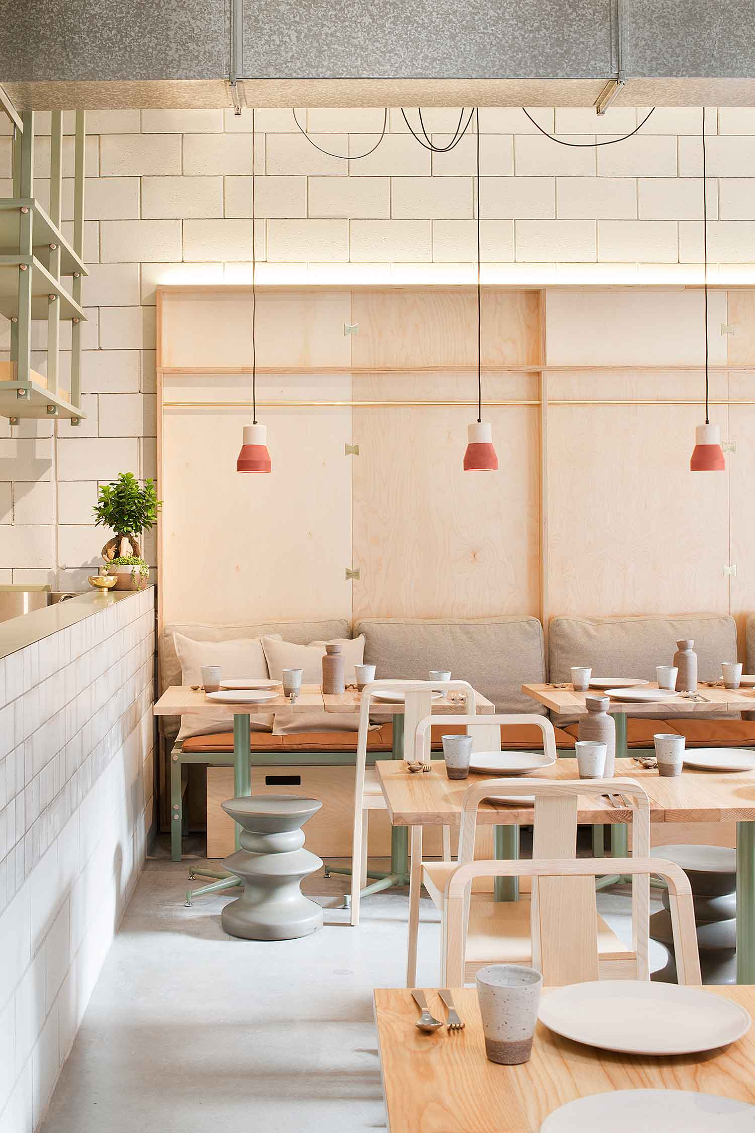 Ruyi Dumpling & Wine Bar by Hecker Guthrie // Melbourne.