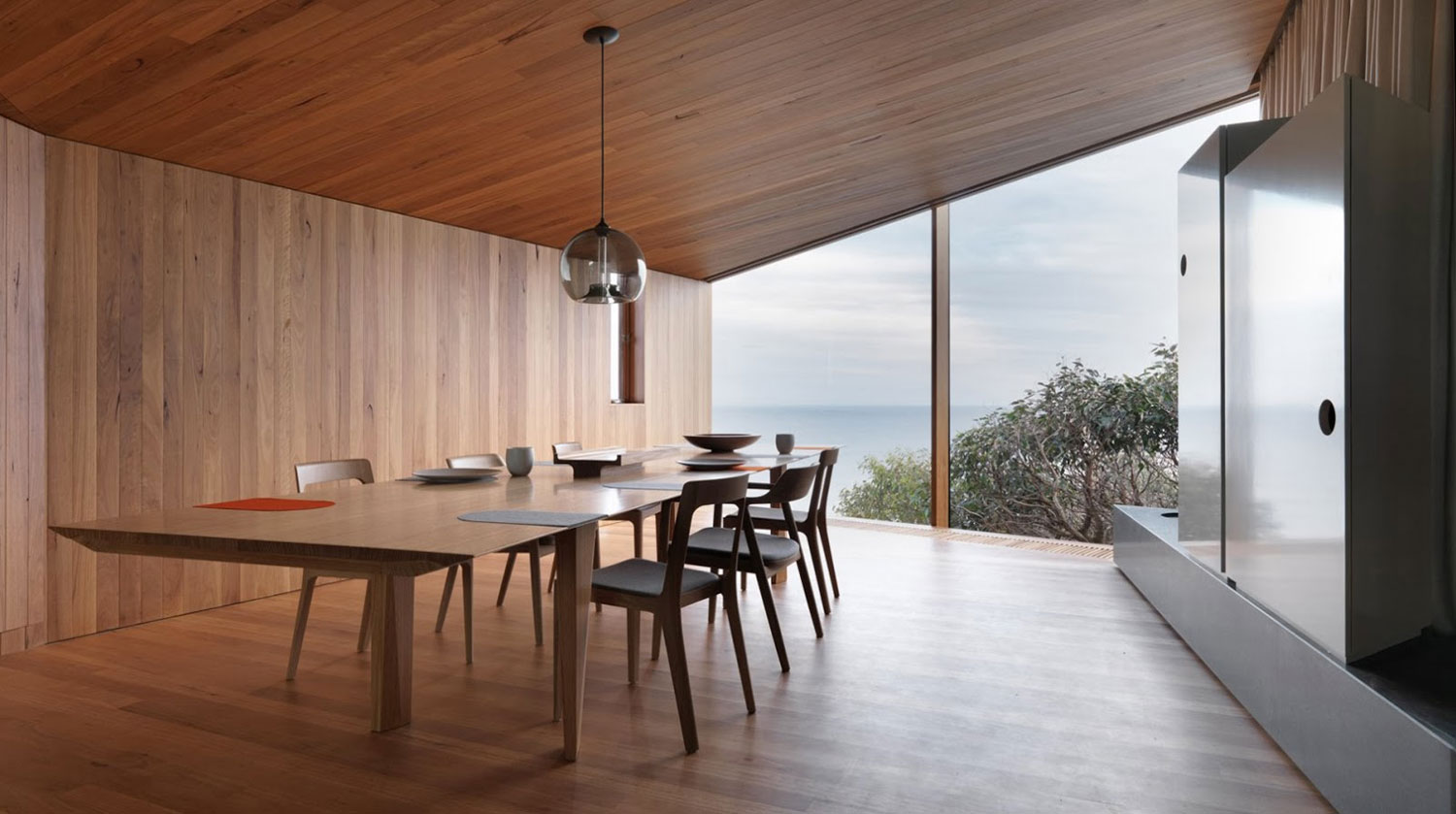 Video // Fairhaven Beach House by John Wardle Architects.
