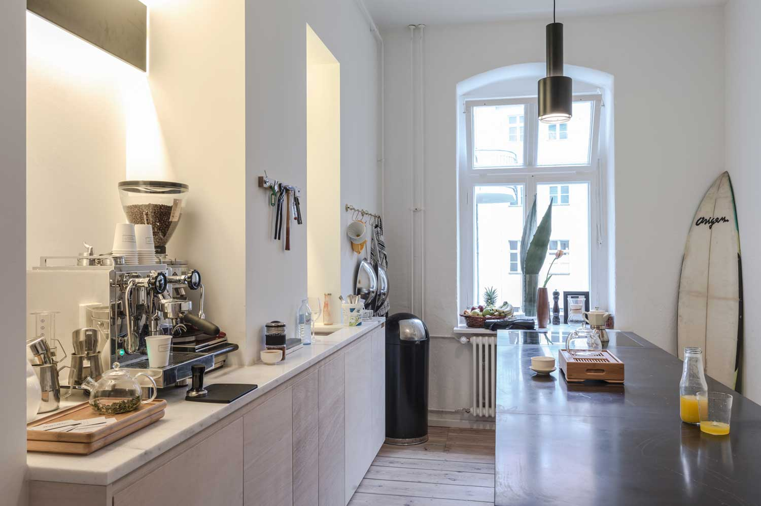 FvF Apartment by Freunde Von Freunden and Vitra Berlin | Yellowtrace