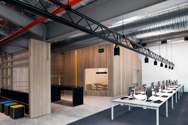 Goodman Office by Make Architects |Yellowtrace