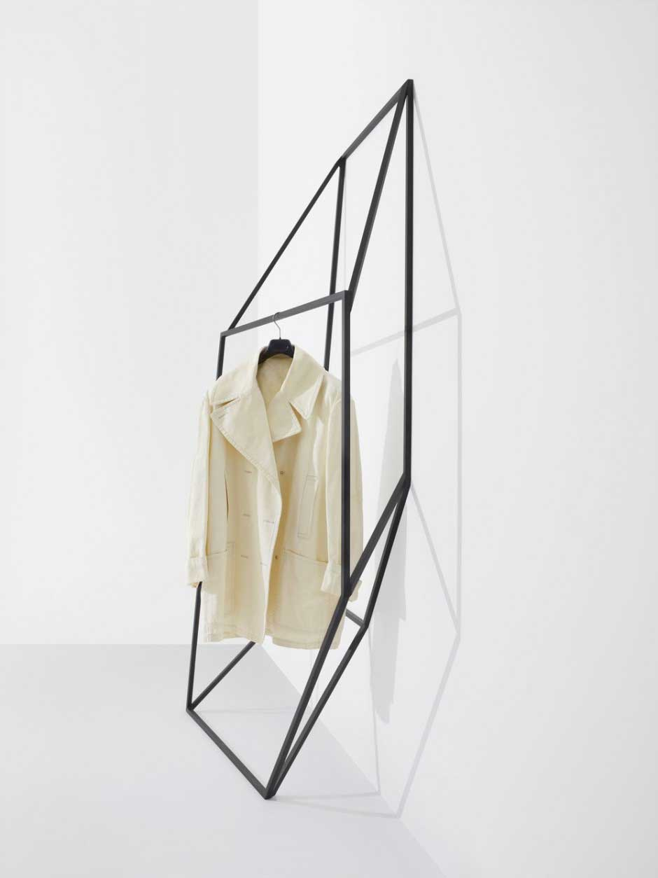 Les Ailes Noires Clothing Racks by Tongtong | Yellowtrace