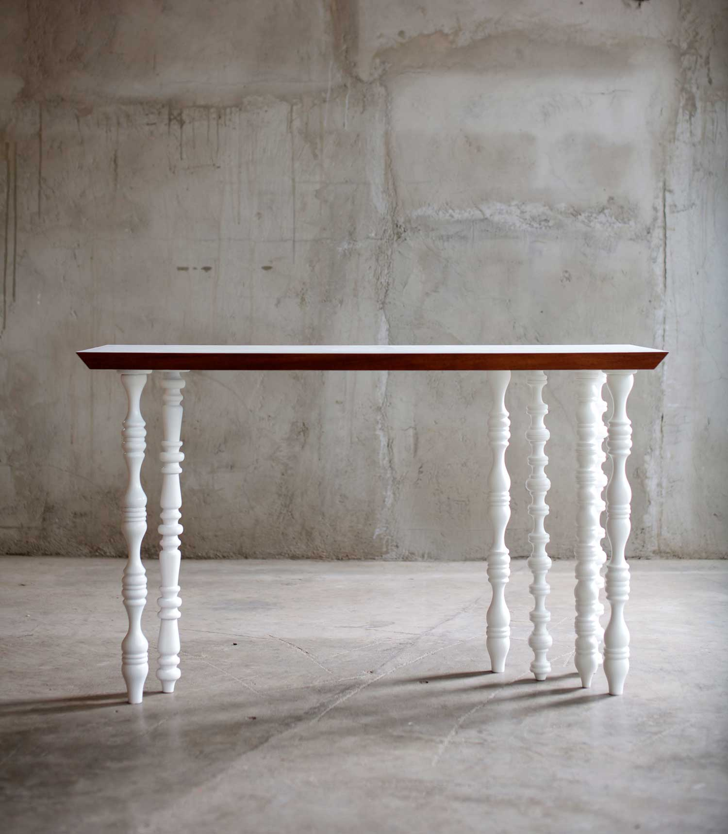 Table by Nakkash at Design Days Dubai 2014 | Yellowtrace