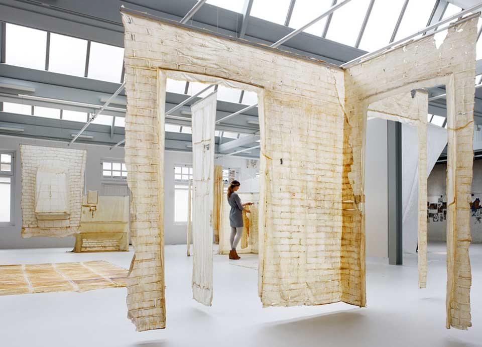 Video // Skinned by KNOL Ontwerp: Latex Casts of Buildings.