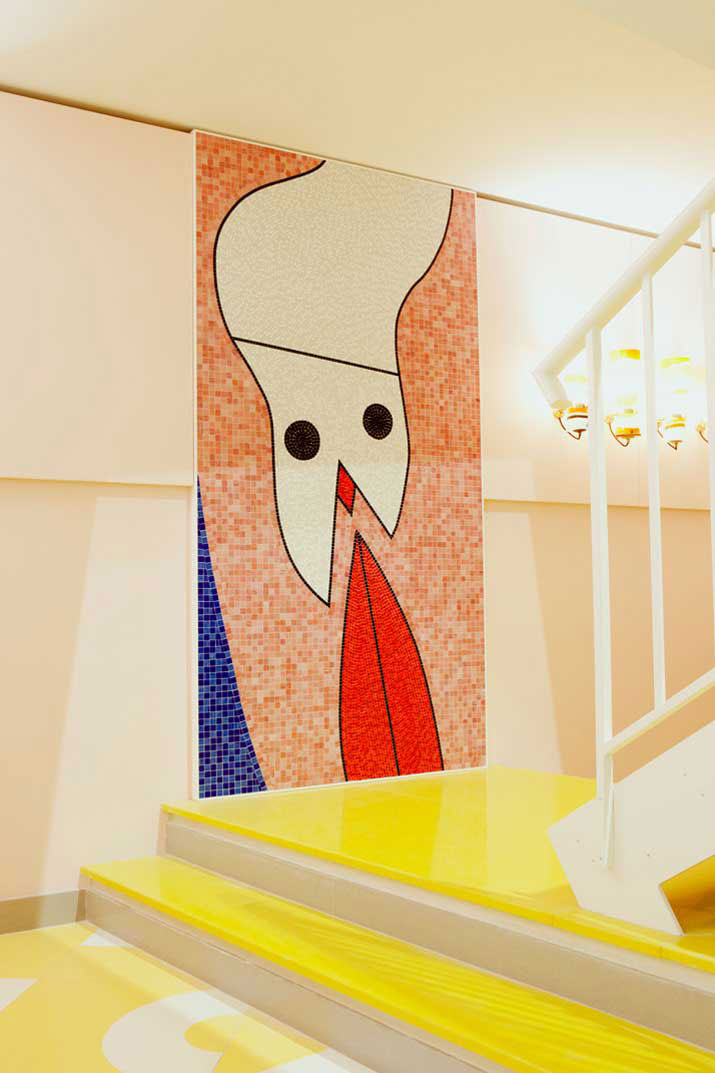 The Mendini's New FRAGILE Gallery In Mila, Italy | Yellowtrace