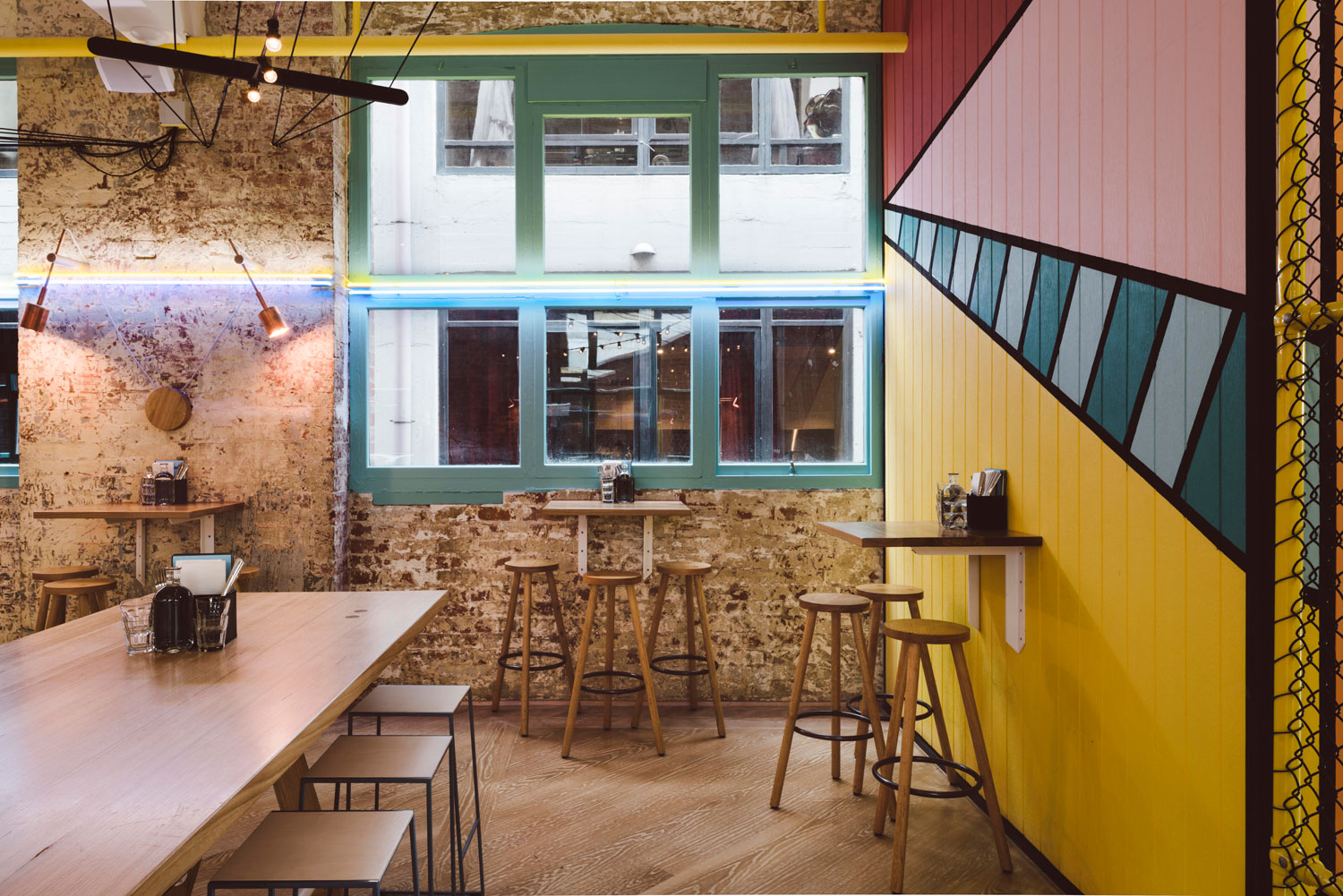 Fonda by Techné Architects | Yellowtrace