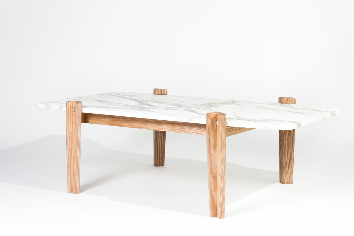 Frankie Table, Marbre&bois Range by rtist AGENCY | Yellowtrace
