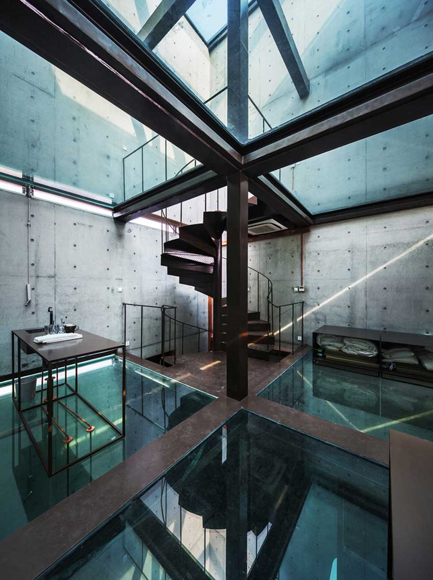 Vertical Glass House by Atelier FCJZ | Yellowtrace
