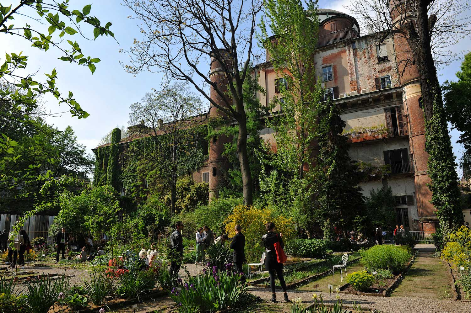 MILANTRACE 2014 / Best of Milan Design Week, Brera, Orto Botanico, Photo Nick Hughes | Yellowtrace