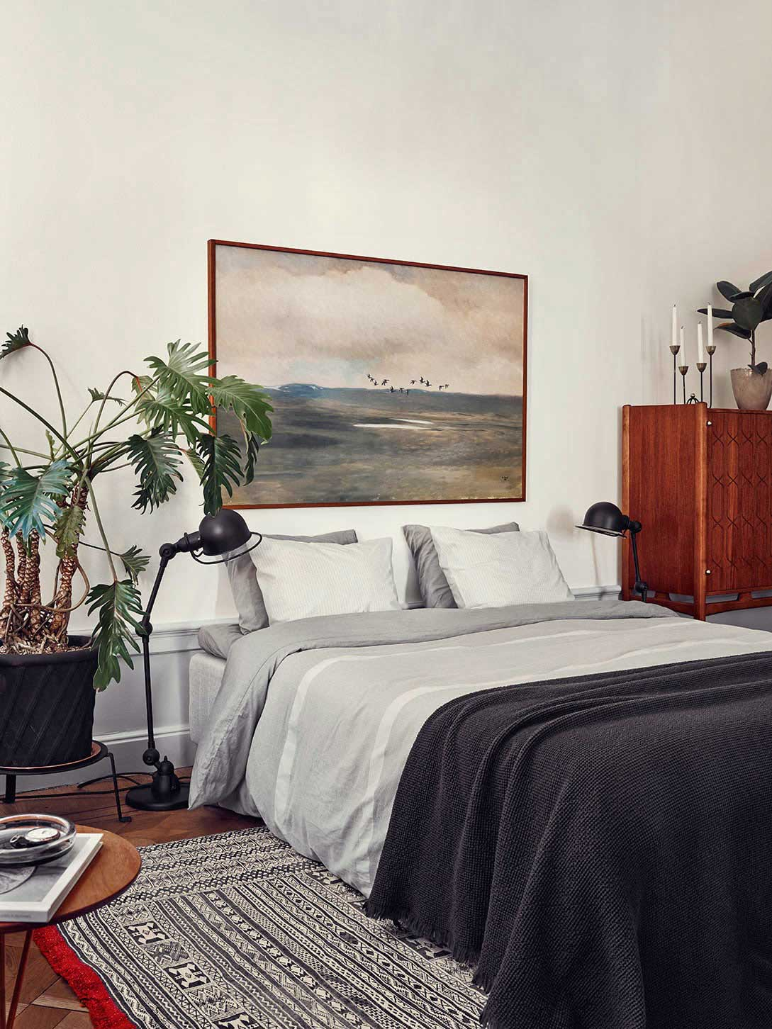 Joanna Laven's Stunning Stockholm Apartment | Yellowtrace