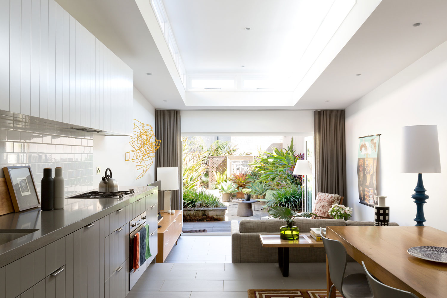 Paddington Terrace by Tom Ferguson | Yellowtrace