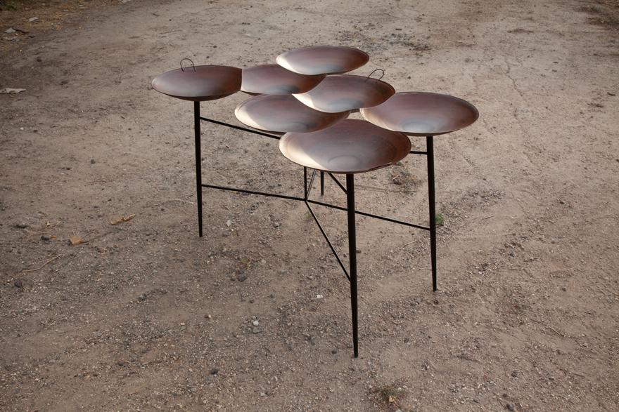 Small Taj Table by Noam Dover & Yoav Reches | Yellowtrace