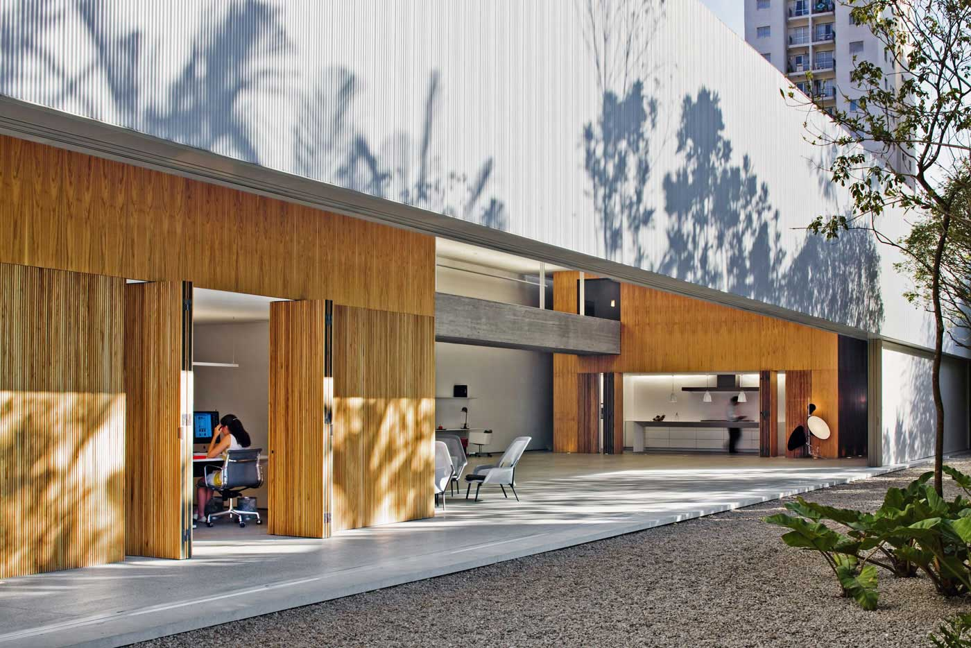 Studio Sc in Sao Paulo by Marcio Kogan from StudioMK27- | Yellowtrace