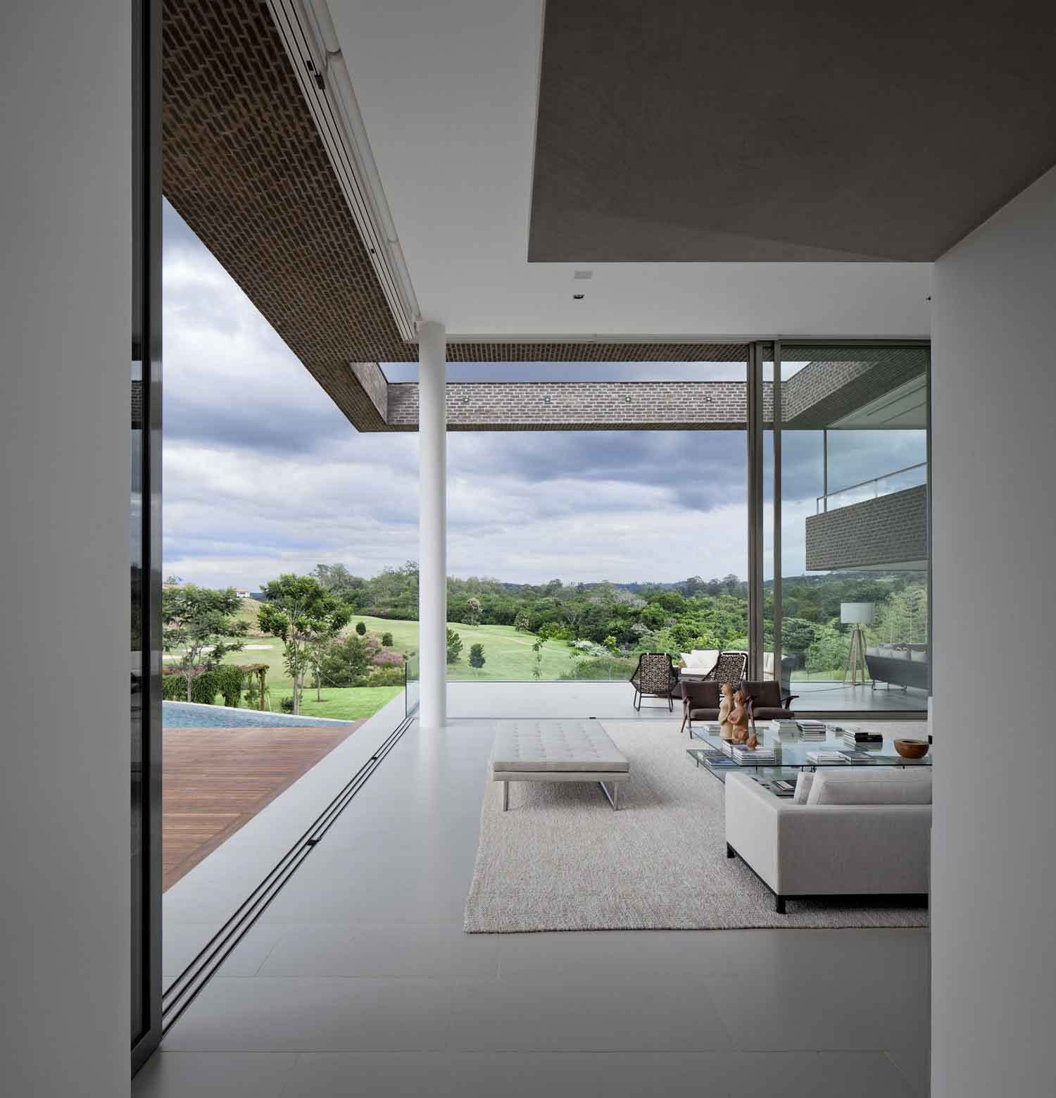 Casa HS by Arthur Casas | Yellowtrace