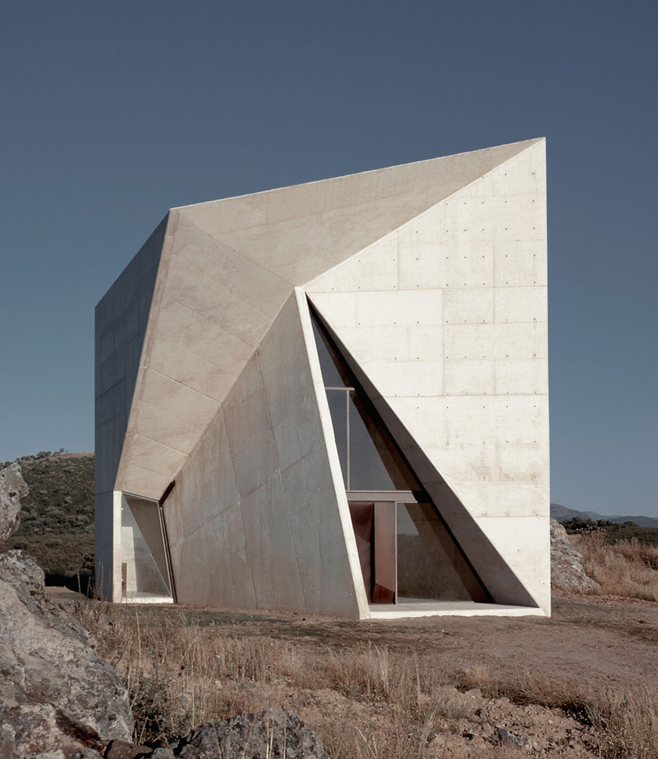 Totally Terrific Triangles in Architecture | Yellowtrace