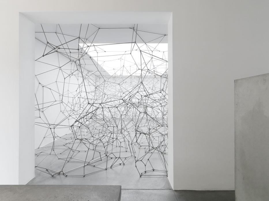 Sculptures & Installation Art by Antony Gormley | Yellowtrace