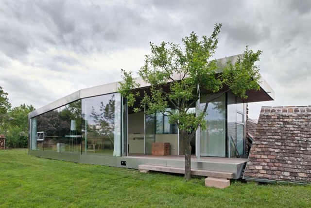 Barn House by Propeller Z | Yellowtrace