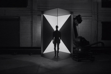 Box Projected Mapping by Bot & Dolly | Yellowtrace