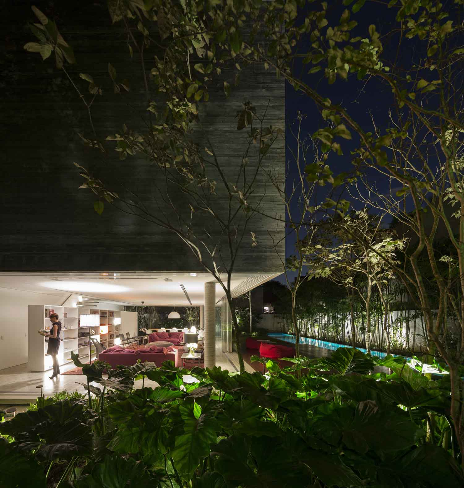 Casa Cubo by Studio MK27 | Yellowtrace