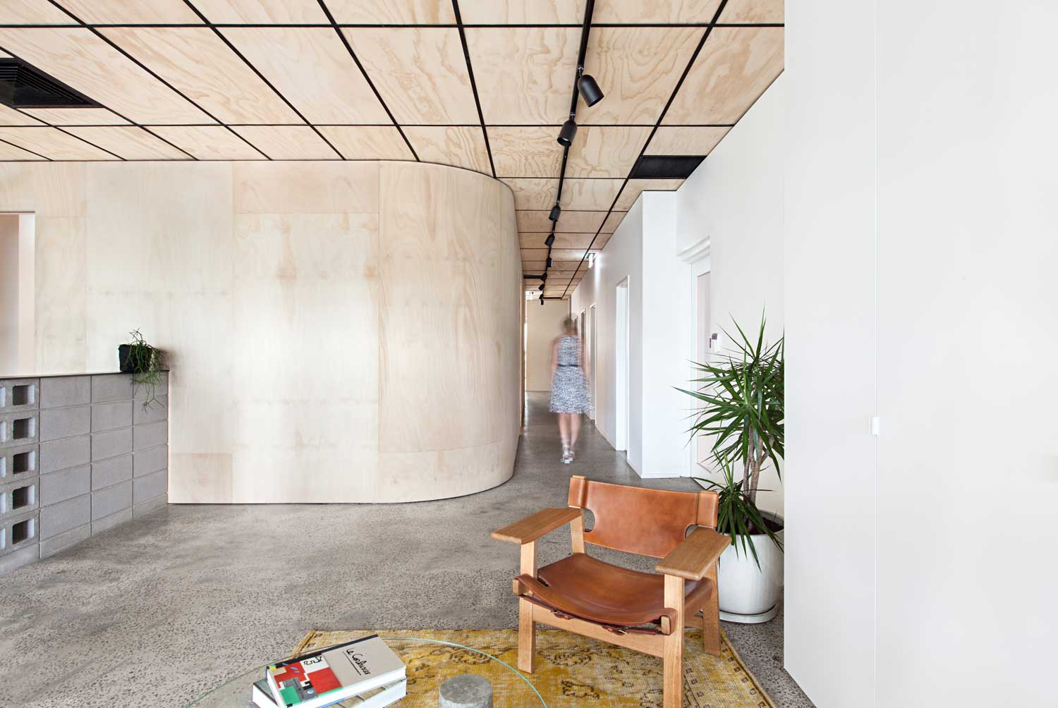 Blackwood Street Bunker by Clare Cousins Architects / Shared Office Space in Melbourne | Yellowtrace
