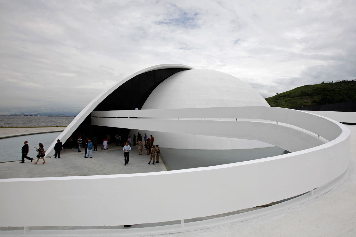 e60579b7349828 Amazing Buildings Designed By Oscar Niemeyer