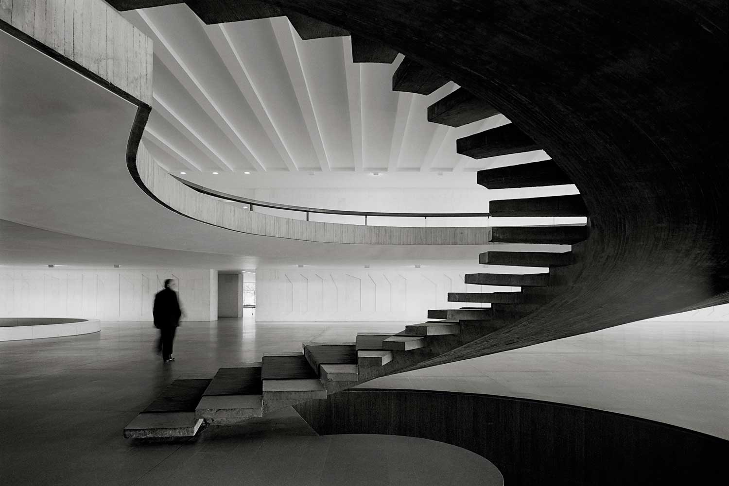 Itamaraty Palace by Oscar Niemeyer | Yellowtrace