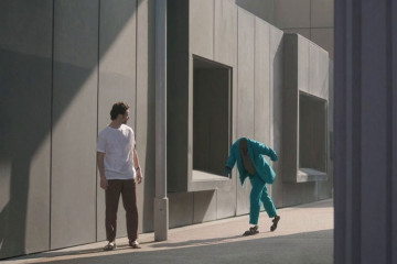Man on the Move by Romain Laurent for Hermès | Yellowtrace