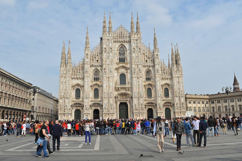 Milantrace 2014 / San Babila, Duomo di Milano, Photo by Nick Hughes | Yellowtrace