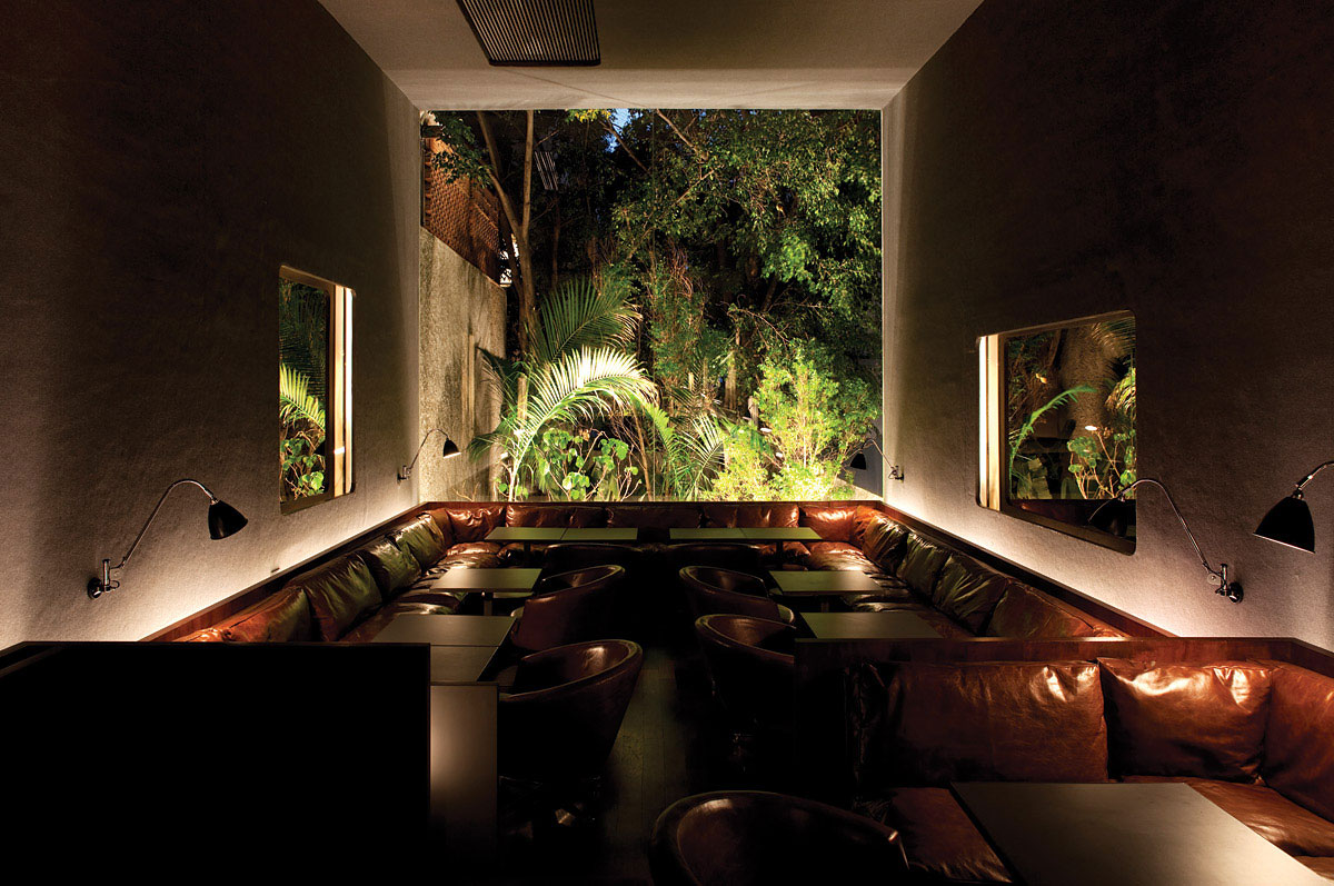 Numero Bar in Brazil by Isay Weinfeld | Yellowtrace