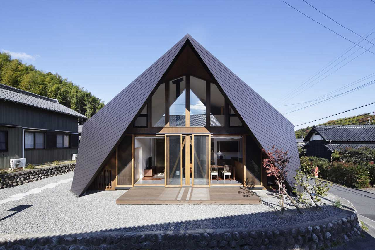 Origami House by TSC Architects | Yellowtrace