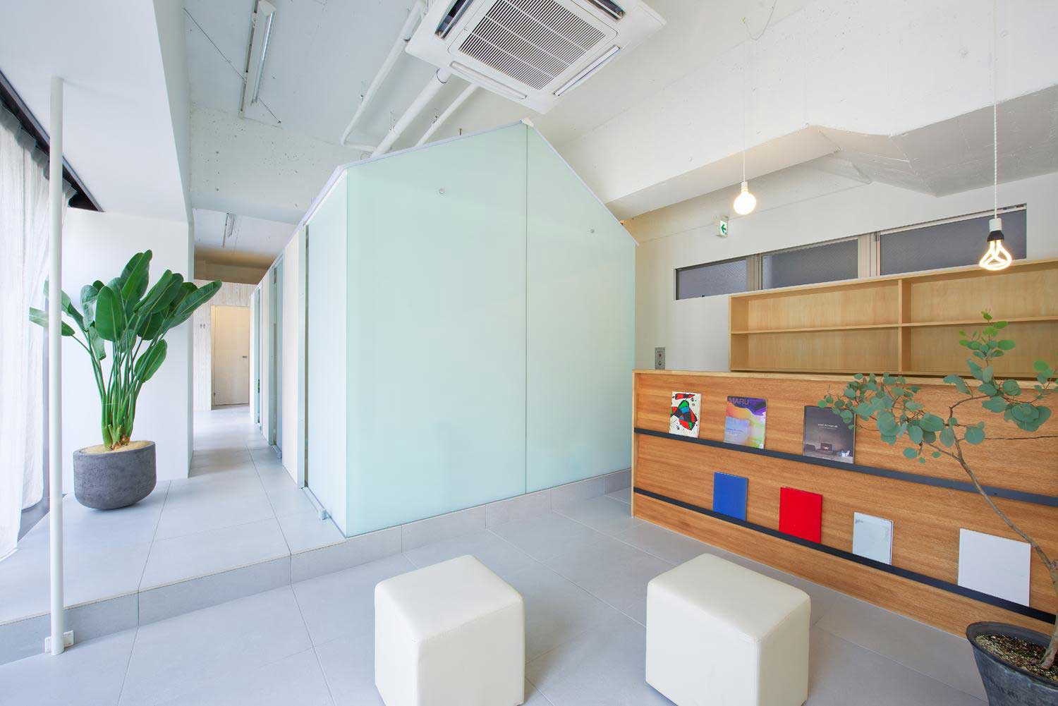 Dental Clinic in Nakayamate by Tato Architects | Yellowtrace